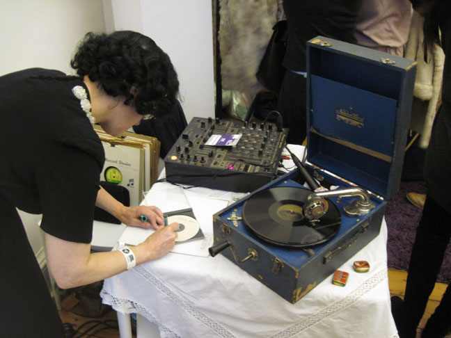 SEPT-30-LFWK-VINTAGE-DJ