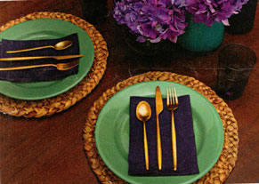 PURPLE-PLACE-SETTING